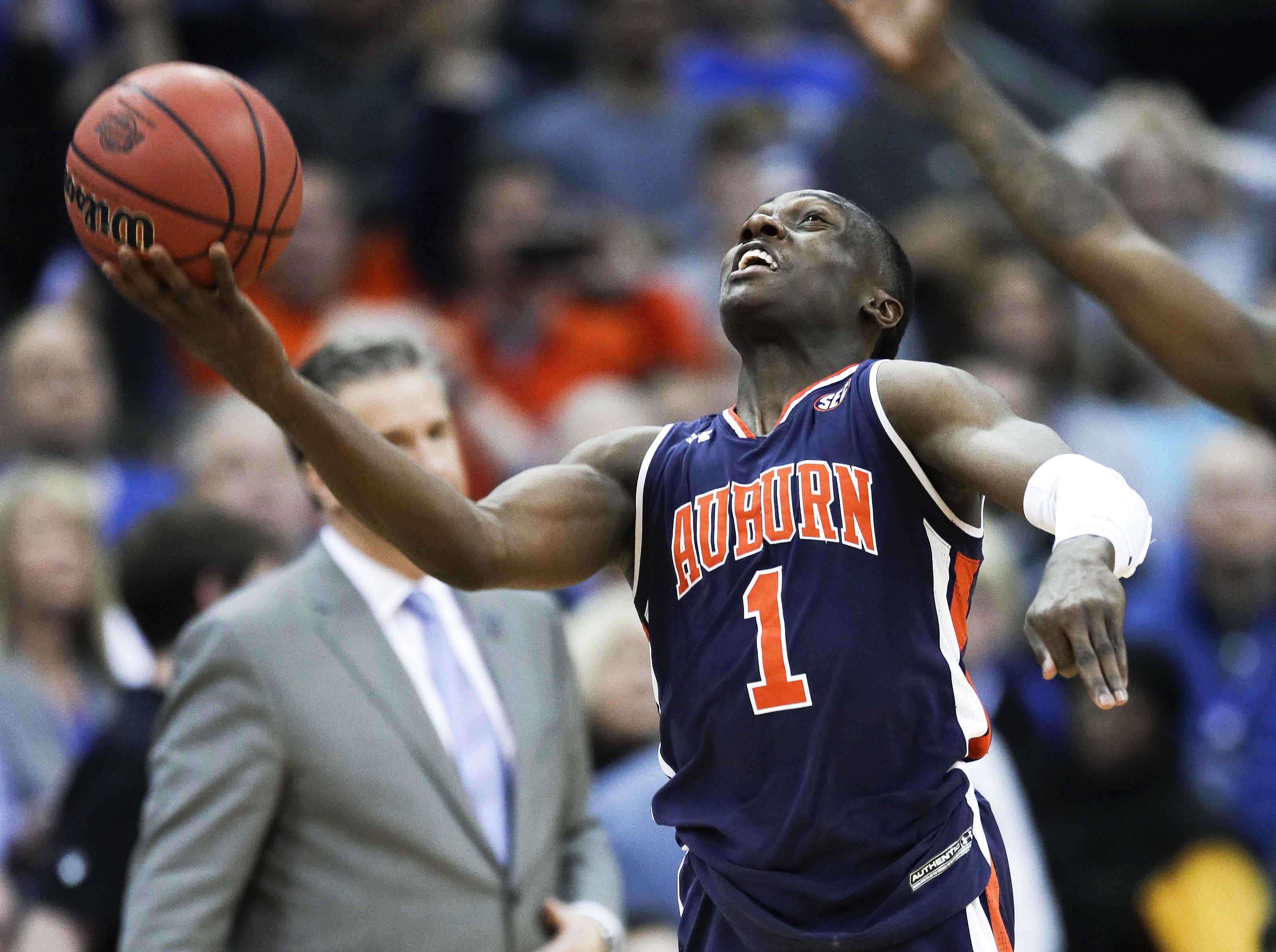 Undersized Jared Harper Point Man In Auburn S Final Four Run Wish Tv Indianapolis News Indiana Weather Indiana Traffic