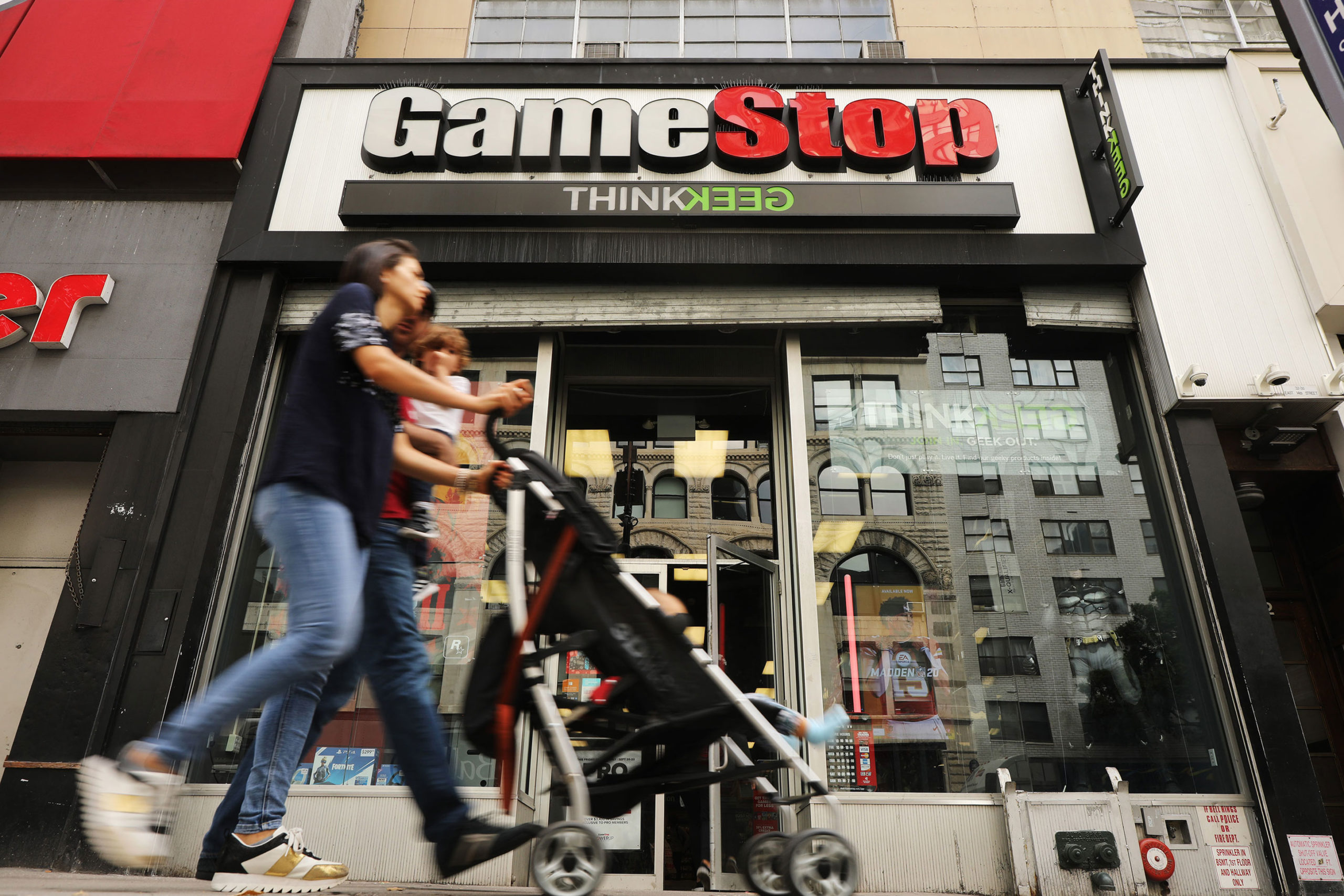 Gamestop Closes All Stores Wish Tv Indianapolis News Indiana Weather Indiana Traffic