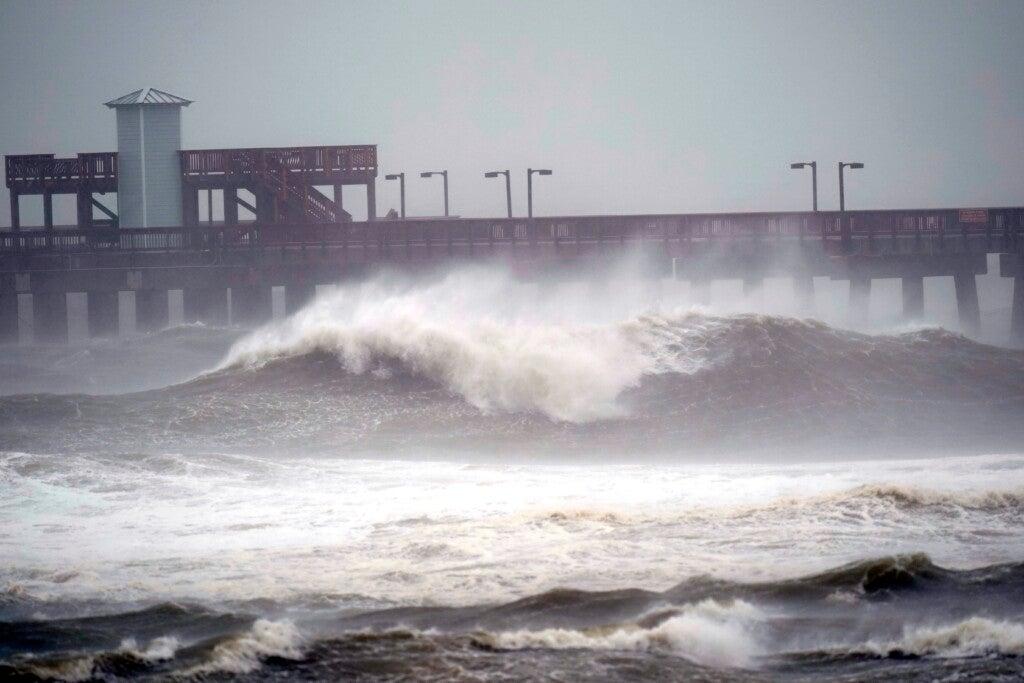 Resurgent Sally threatens drenching in Alabama, Florida