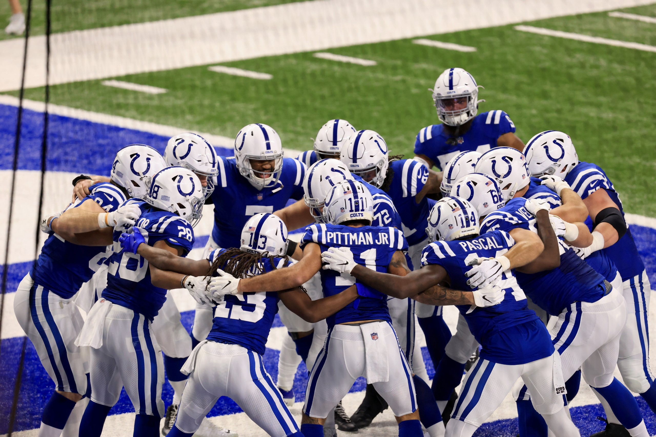 Christmas Plays In Indianapolis 2021 Colts Unveil 2021 Schedule Will Play On Christmas Day For First Time Wish Tv Indianapolis News Indiana Weather Indiana Traffic