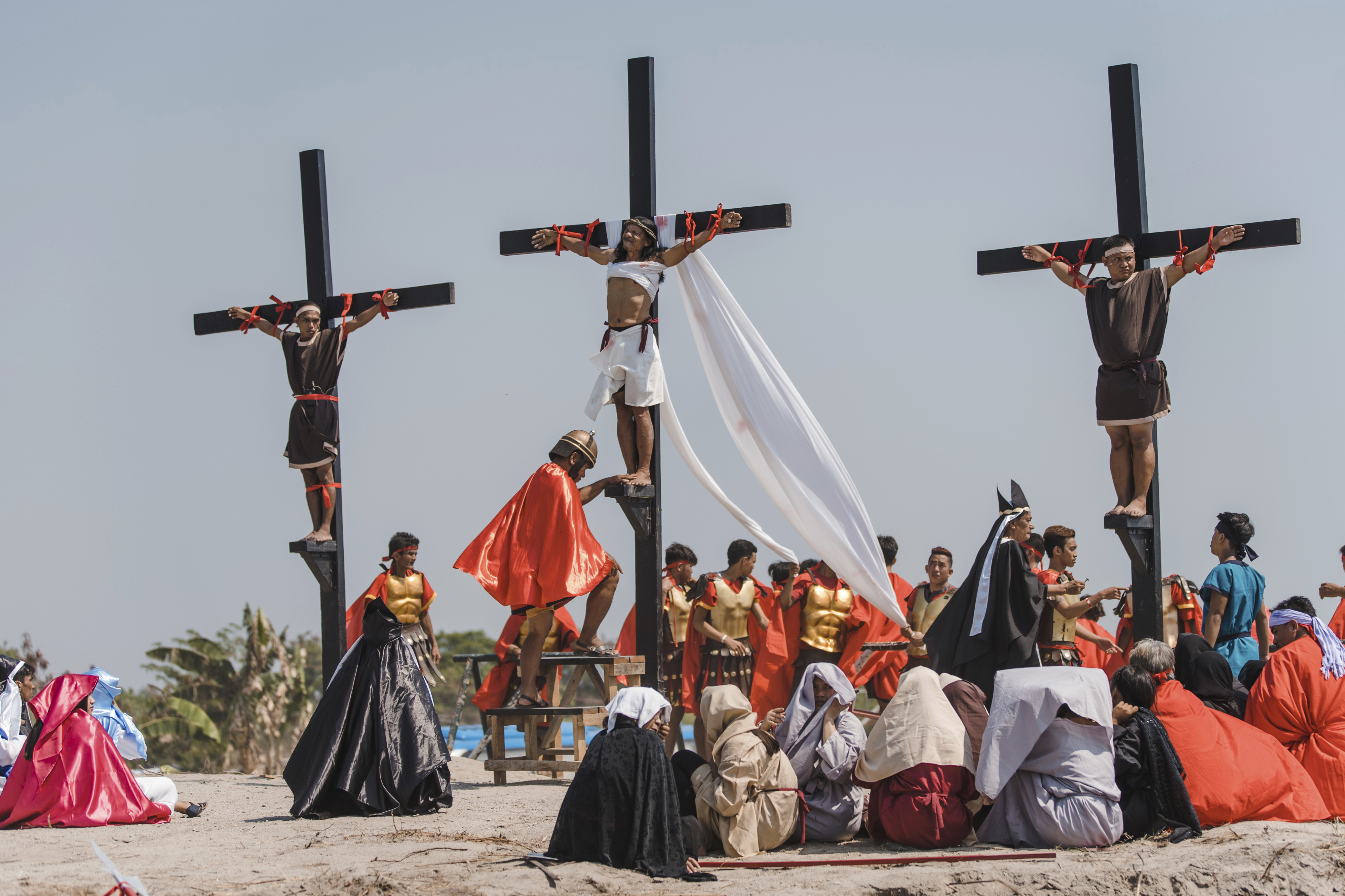 Philippines Crucifixion Reenactment_1555700988113